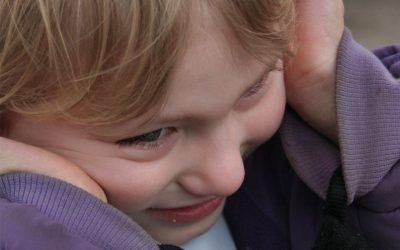 Autyzm – zaburzenia mowy i cechy charakterystyczne spektrum autyzmu
