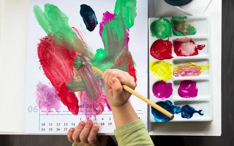 Kreatywne zabawy z dzieckiem bez wychodzenia z domu